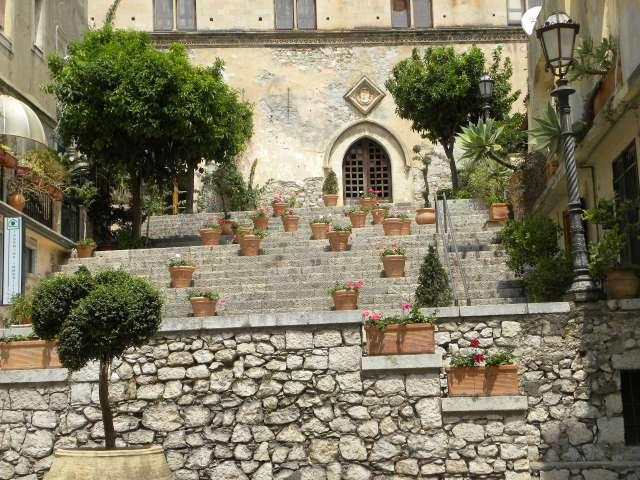 Italia 943