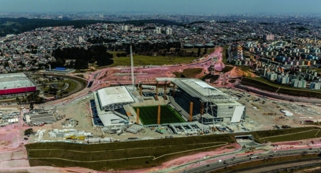 Arena Corinthians em constrcao