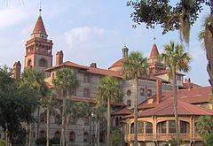 240px-Flagler_College_2005-Sept_fl_104
