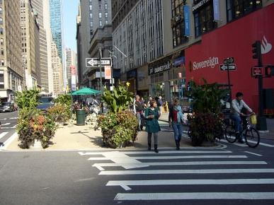 NYC Broadway 23rd-47th PZ-205