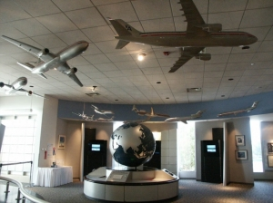 american-airlines-cr-smith-museum-ft-worth-texas_115