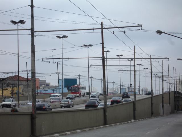 fiacao-aerea-dos-onibus-eletricos-007