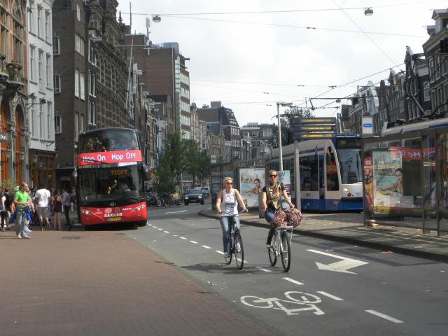 amsterdam-bikes-2
